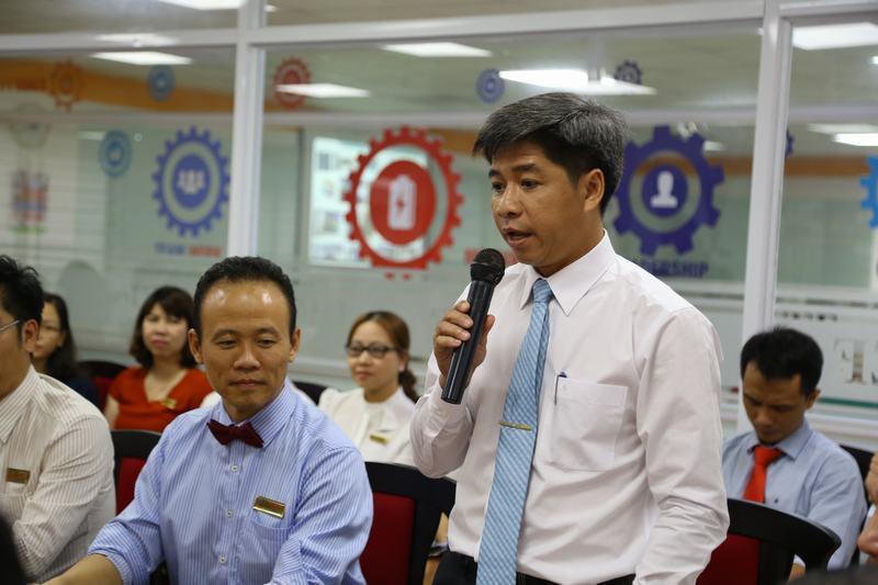Thứ trưởng Bộ GD-ĐT Bùi Văn Ga thăm và làm việc tại UEF 3