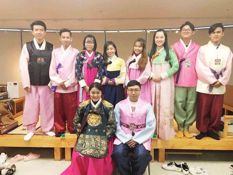Học kỳ mùa xuân của đại học Woosong tại UEF