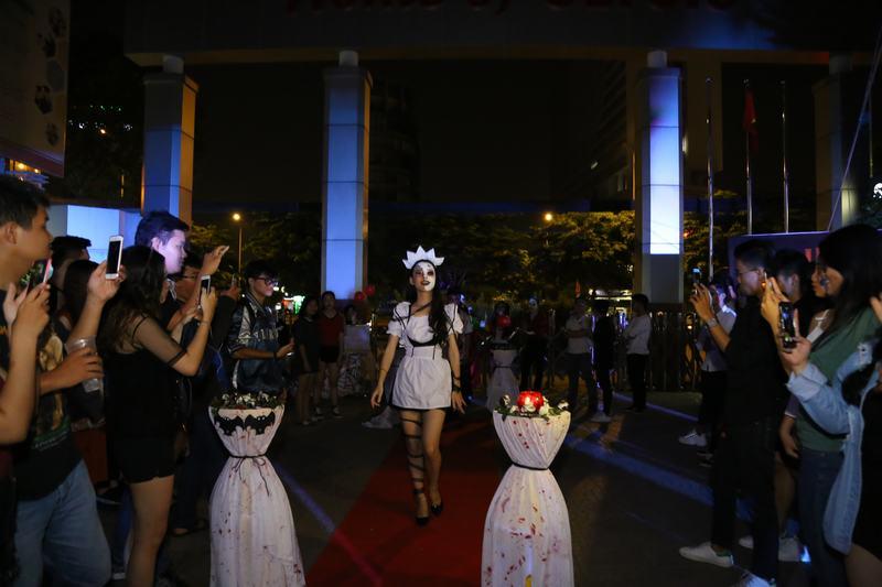 Carnival Wedding UEF 2107 5